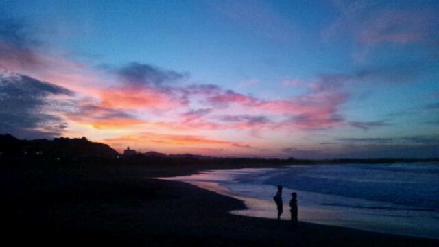 海とうつり変わる空。