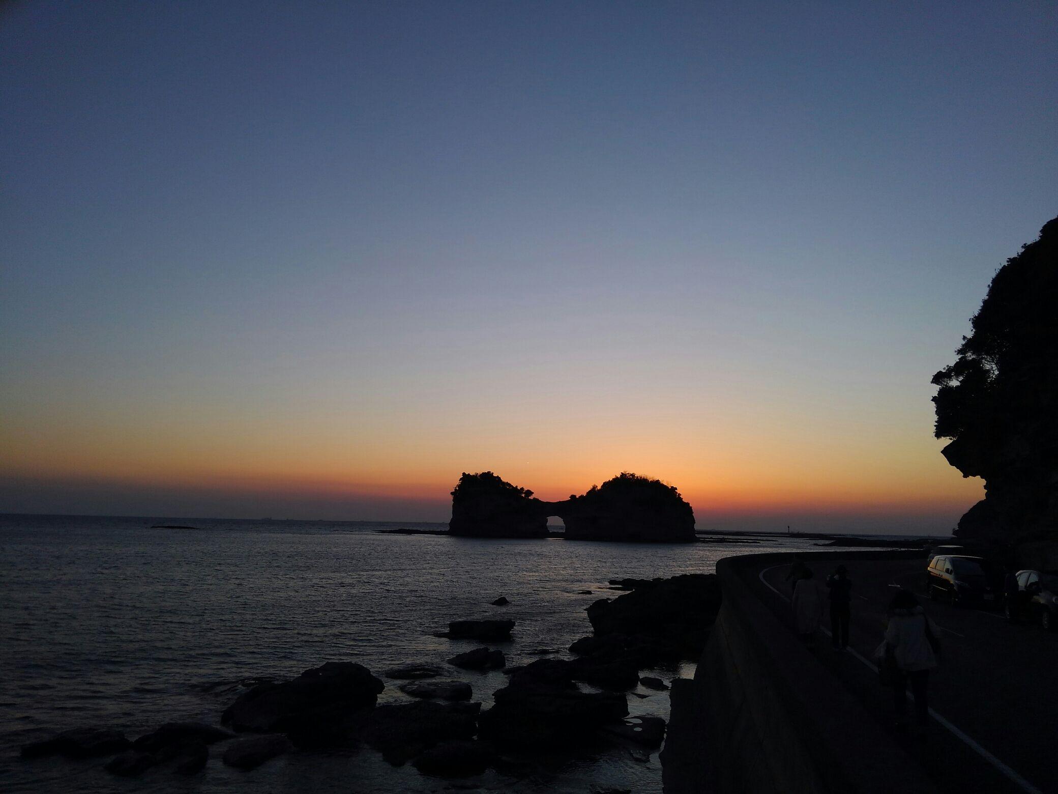 旅の風景・円月島。